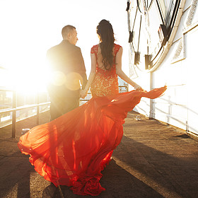 Sunset engagement with Vancouver Wedding Photographer Jasalyn Thorne at Vancouver Block Tower